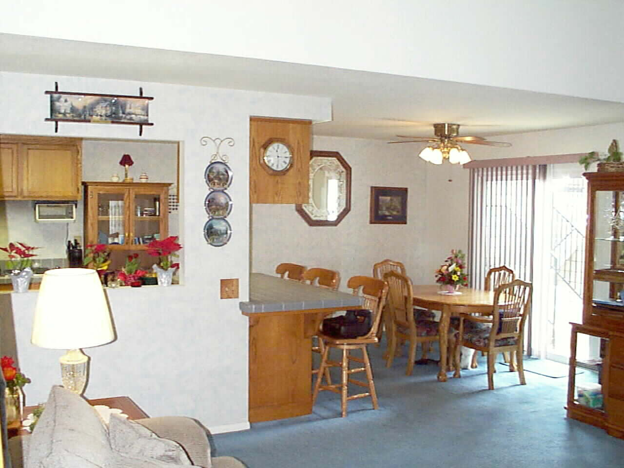 Bright and Cheerful... Spacious yet Cozy... Move in Spotless !