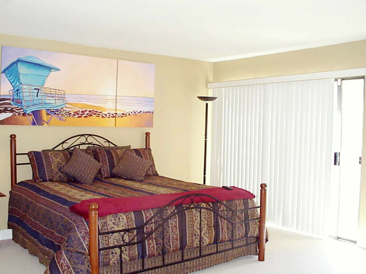 Spacious Elegant Master Suite with Large View Balcony to Green Belt